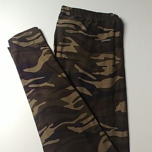 LulaRoe camo TC leggings. Brand new, never worn.